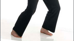 picture of woman's feet in a basic qigong posture